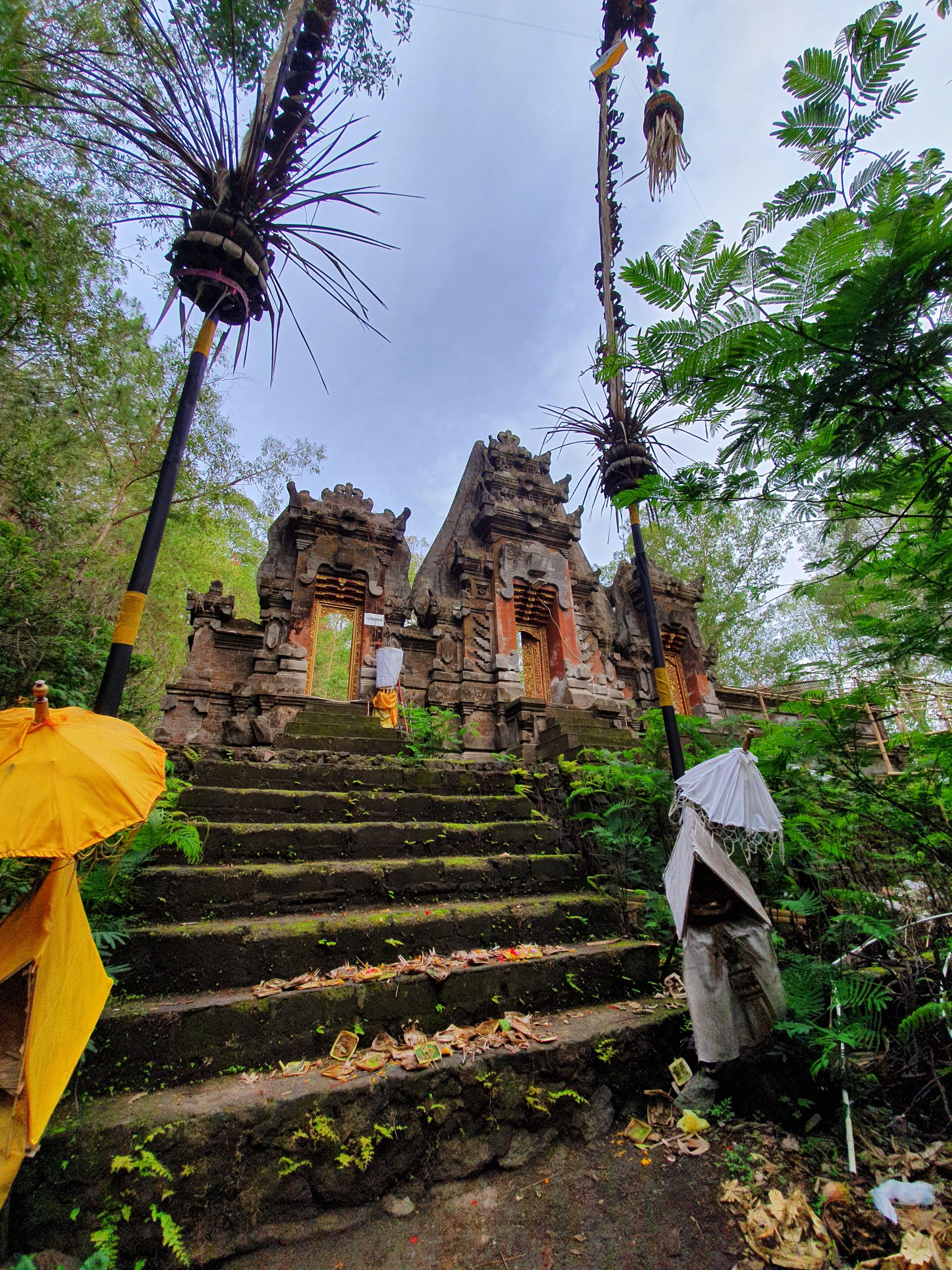 Mt Batur Temple Chasing-Emma.com